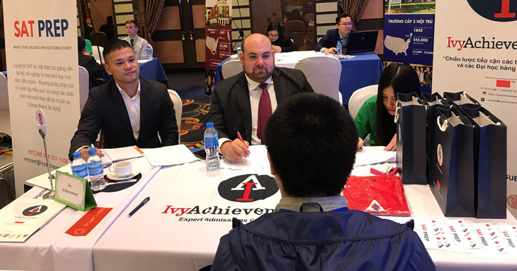 Ben Stern meets with students in Vietnam
